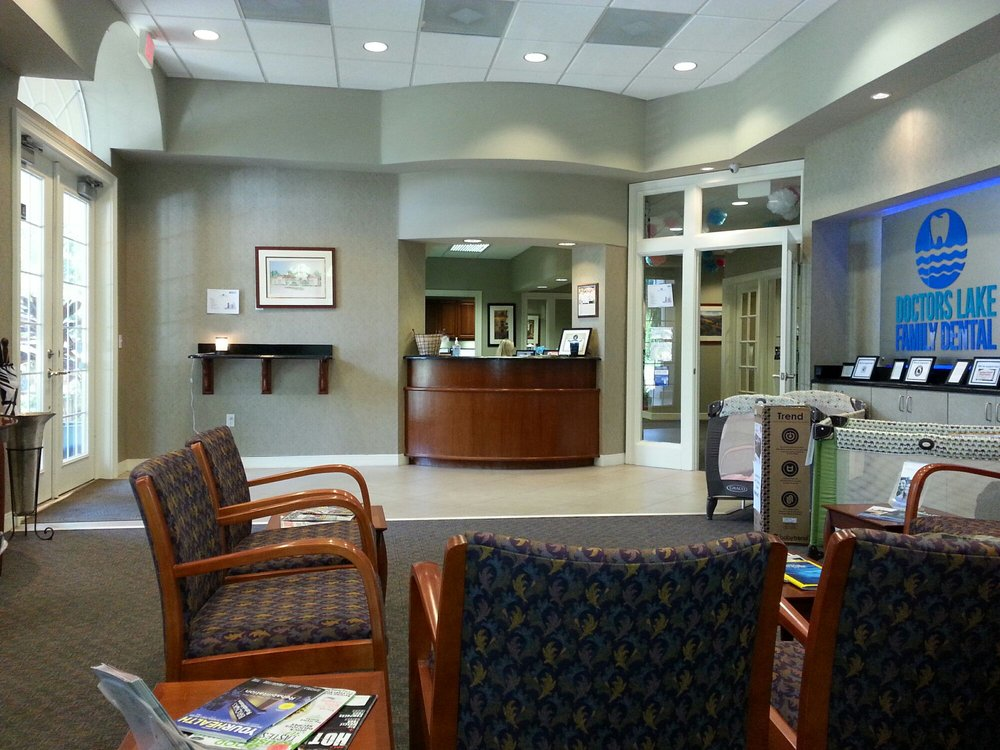 Doctors Lake Family Dental: 1665 Eagle Harbor Pkwy, Fleming Island, FL