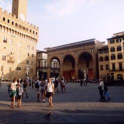 Soggiorno Antica Torre - Bed & Breakfast - Piazza della Signoria 3 ...