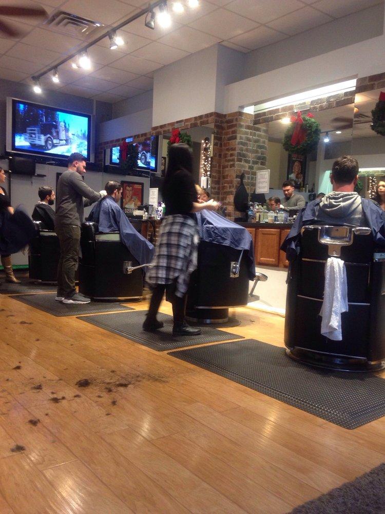 Mir Ano's Barber Shop: 228 Kings Hwy E, Haddonfield, NJ
