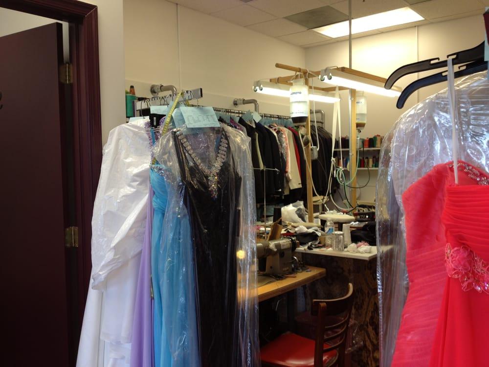 Kim's Custom Tailoring: 6701 Loisdale Rd, Springfield, VA