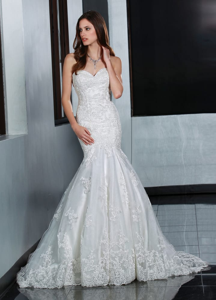 Bridal Amelia Alvillar