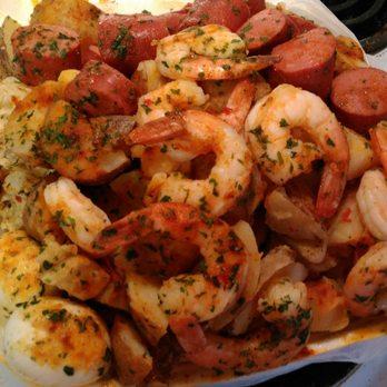 Wats Crackin Garlic Crabs - 104 Photos & 111 Reviews - Seafood ...