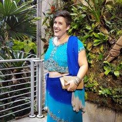 CHOCHOS... saree aunty picture
