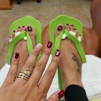 Moist tatts flip flop nail