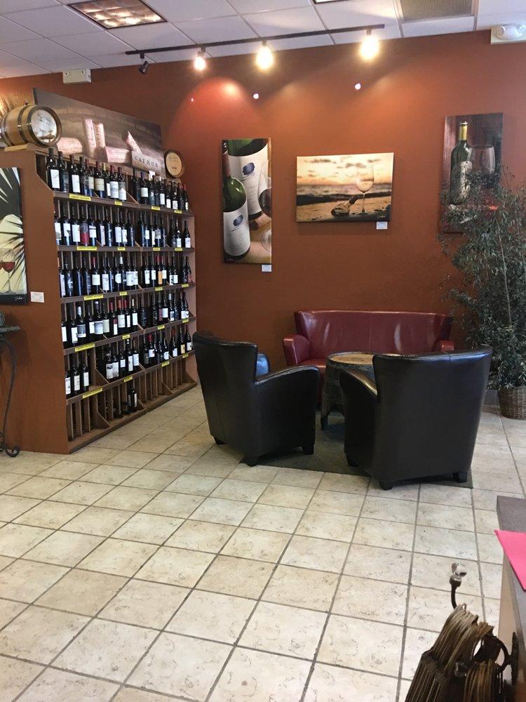 Zemore's Wine Cellar & Bistro: 4457 Franklin St, Bellbrook, OH