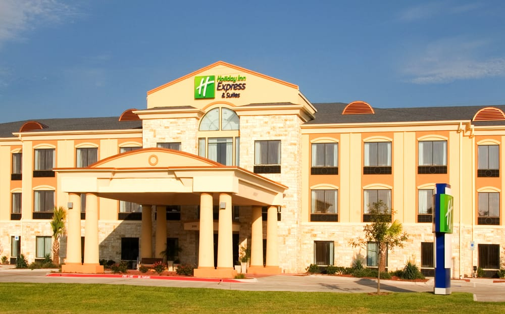 Holiday Inn Express & Suites Beeville: 2199 Hwy 59, Beeville, TX