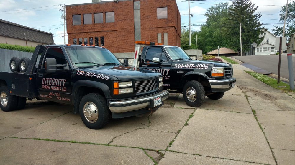 Towing business in Green, OH