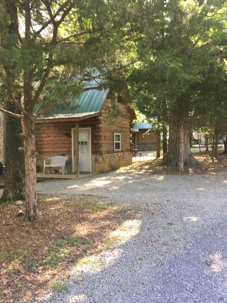 Kozy Haven Log Cabin Rentals: 1561 Hwy 55 S, Columbia, KY