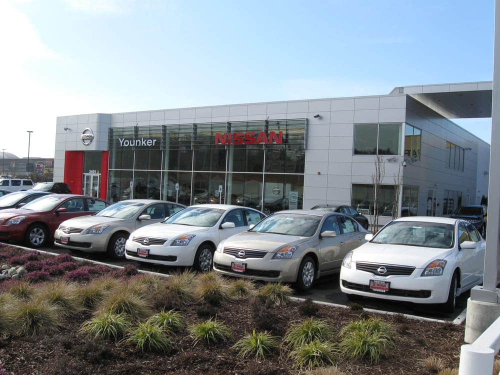Younker Nissan Car Dealers 3401 E Valley Rd Renton