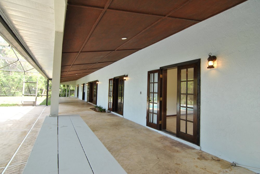 Becki Douglas - Mainframe Real Estate