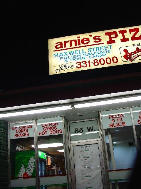Arnie's Pizza: 85 W 147th St, Harvey, IL