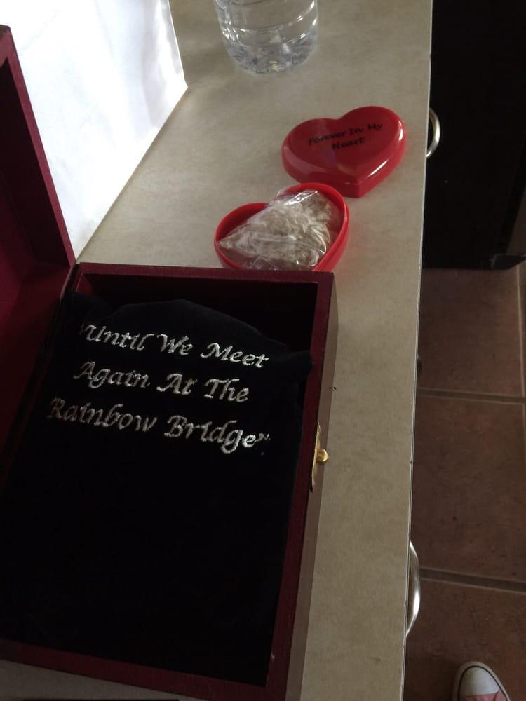 Heaven's Rainbow Bridge Pet Cemetery & Crematorium: 8200 SW 77th Ave, Amarillo, TX