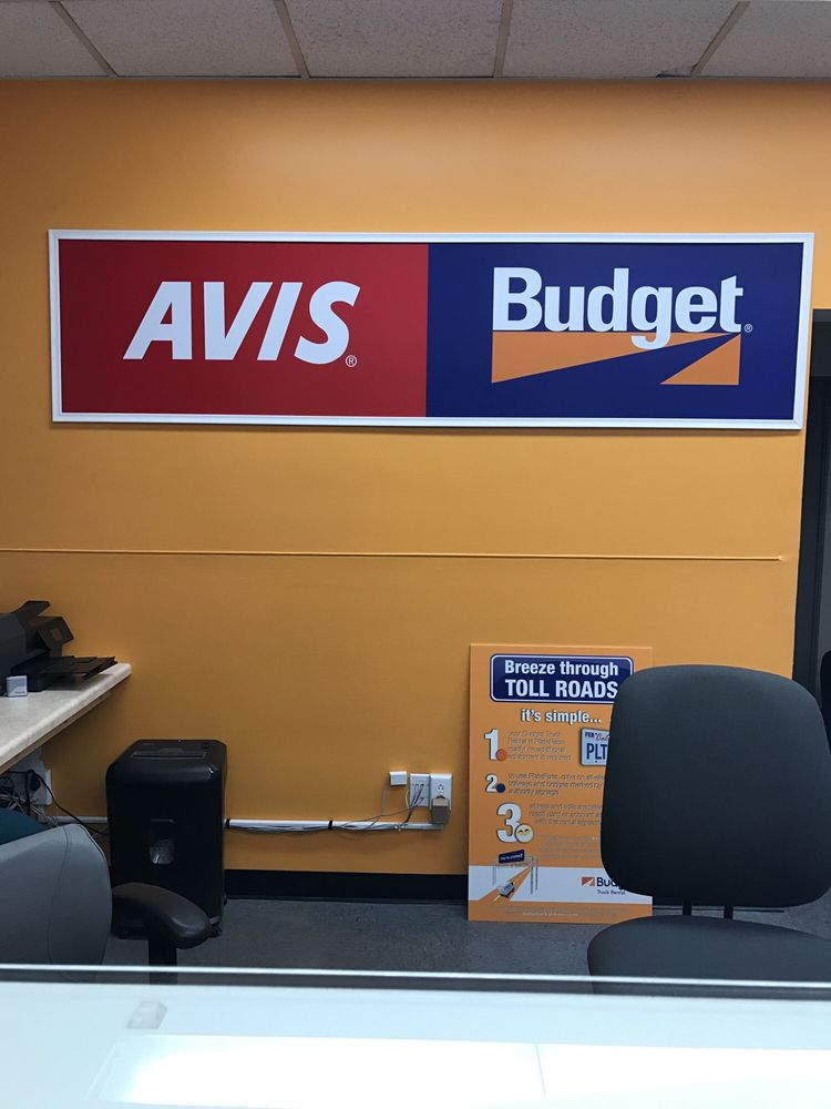 avis budget car rental 31 reviews car rental 2790 kurtz st loma portal san diego ca. Black Bedroom Furniture Sets. Home Design Ideas
