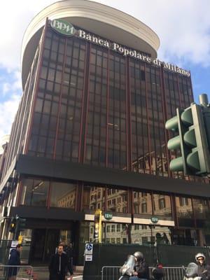 Banca Popolare Di Milano Banks Credit Unions Piazzale Flaminio