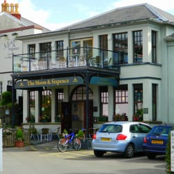 Clevedon Pubs Food