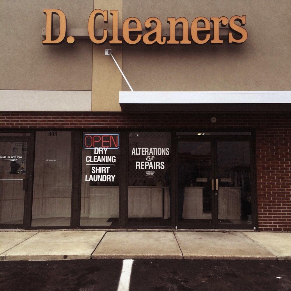 D Cleaners: 808 US Hwy 31 N, Greenwood, IN
