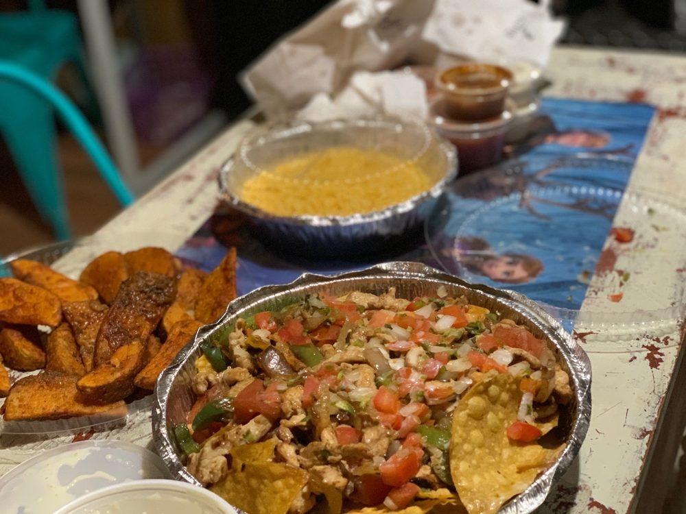 La Tiendita Mexican Restaurant: 211 S Hughes Blvd, Elizabeth City, NC