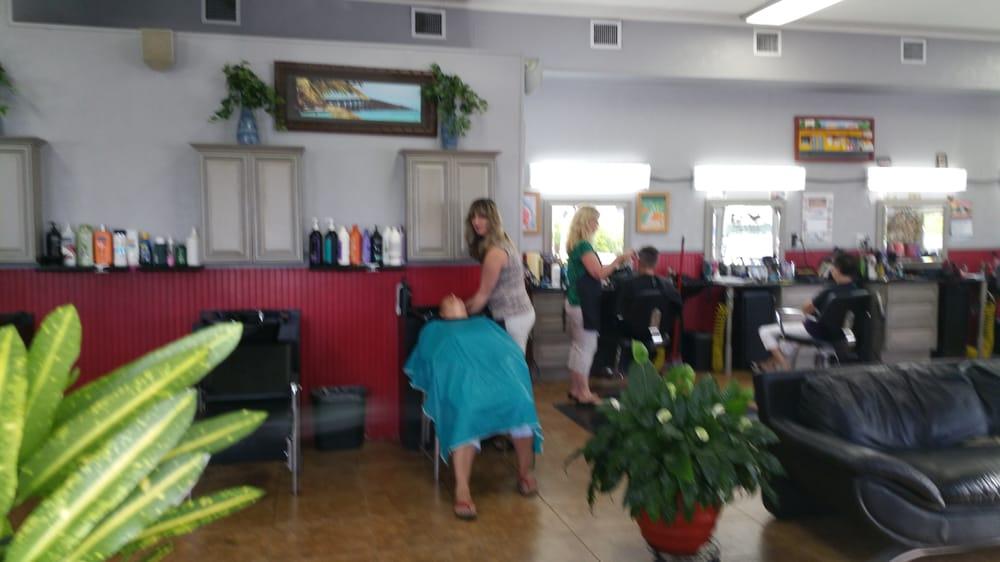 Konch Cuts: 2300 N Roosevelt Blvd, Key West, FL