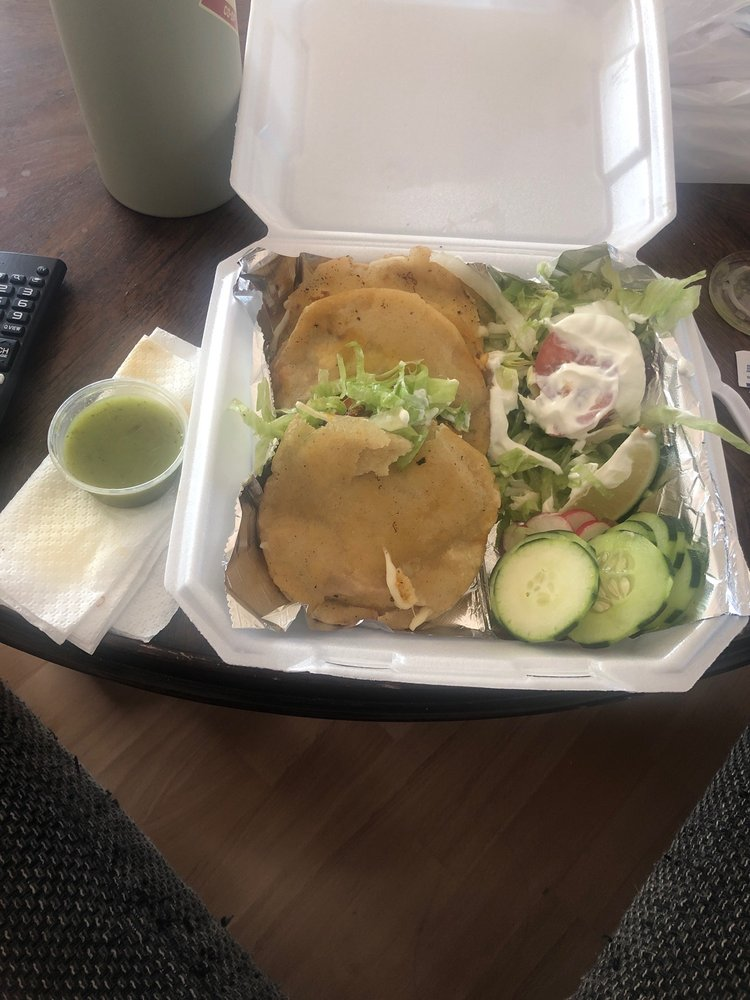 The Little Taco: 407 Hopemills Rd, Fayetteville, NC