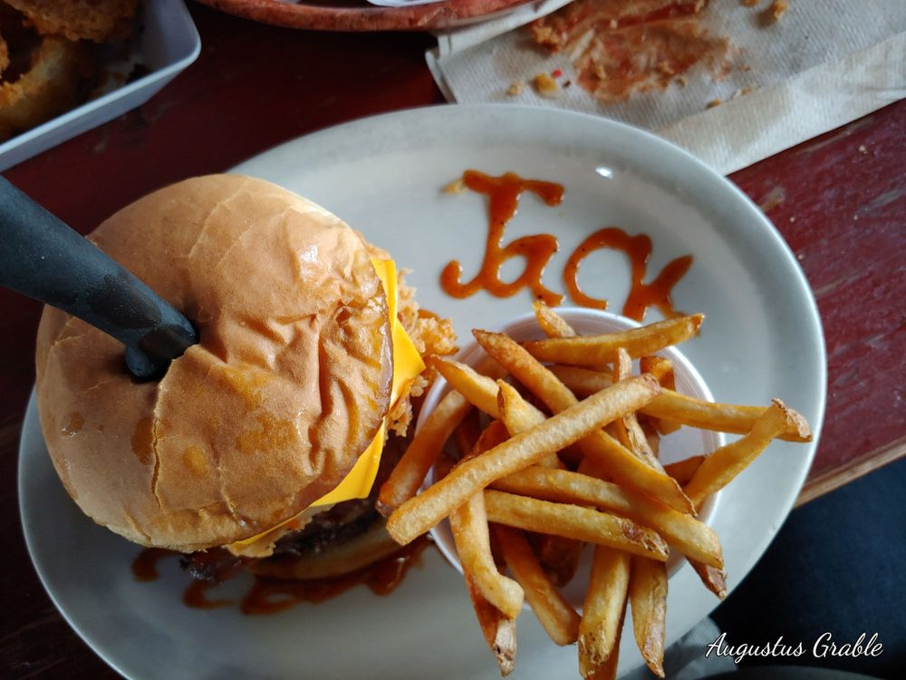 Loco Coyote Grill: 1795 County Rd 1004, Glen Rose, TX