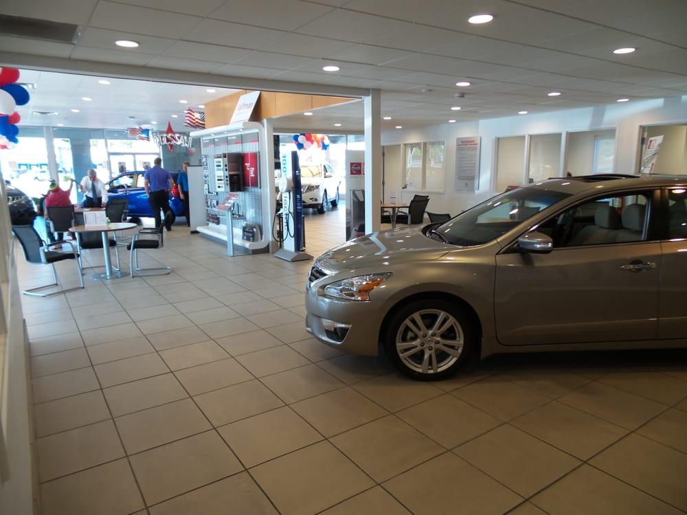 Neil Huffman Nissan >> Neil Huffman Nissan - CLOSED - 11 Photos - Dealerships - 4136 Shelbyville Rd, Louisville, KY ...