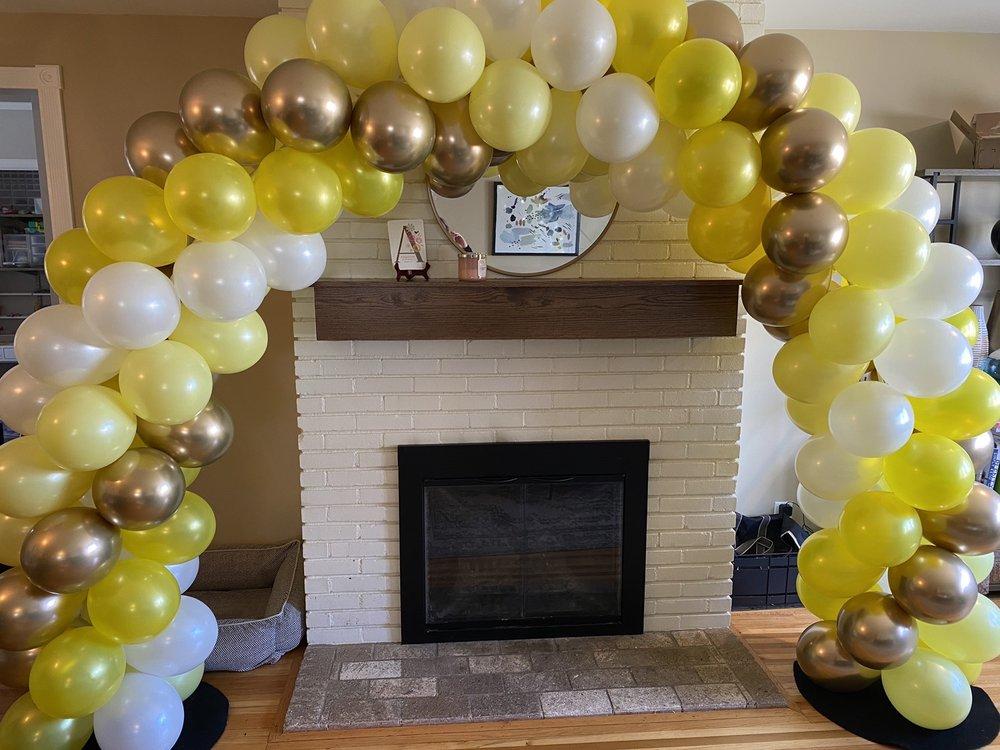 Andon Balloons & Signs: 6418 Penn Ave S, Richfield, MN