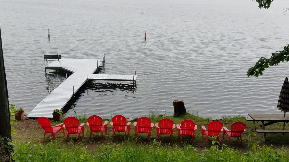 Oak Cove Resort: 58881 46th St, Lawrence, MI