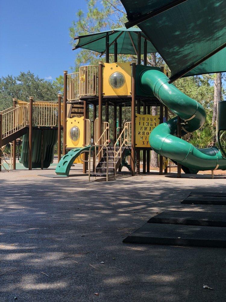Baybridge Park: 10020 Bridgeton Dr, Tampa, FL