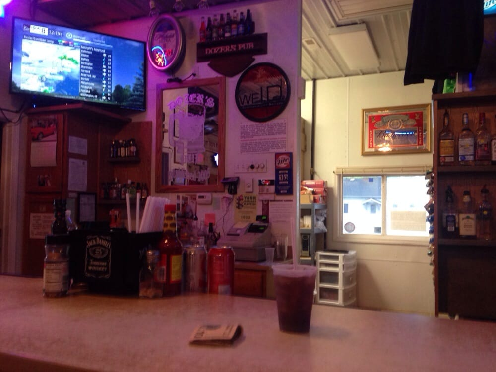 Dozer's Pub: 407 E National Rd, Montrose, IL