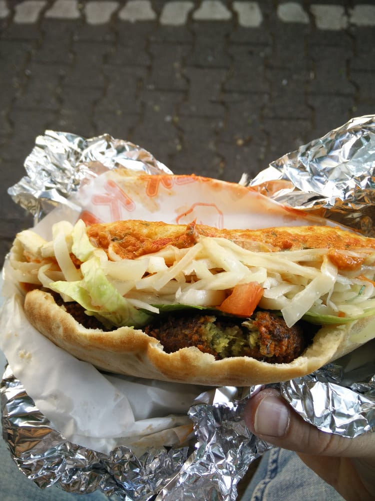 Falafel sandwich yelp for Aroma frankfurt
