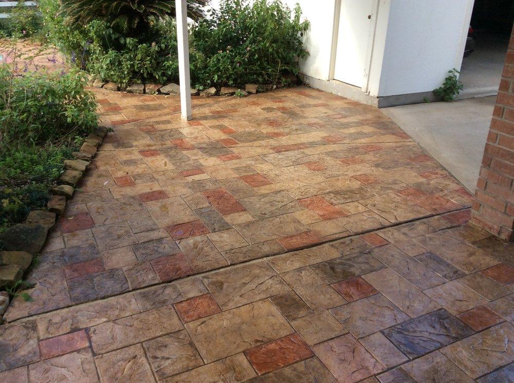 Leavings Concrete: 5100 Park View Dr, Willis, TX