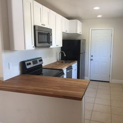 Astonishing Kitchen Cabinet Kings New 41 Photos 21 Reviews Home Remodeling Inspirations Basidirectenergyitoicom