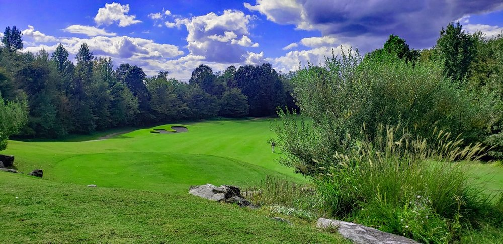 Mineral Mounds Golf Course: 48 Finch Ln, Eddyville, KY