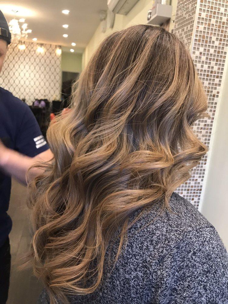 Balayage chocolat sur cheveux blond