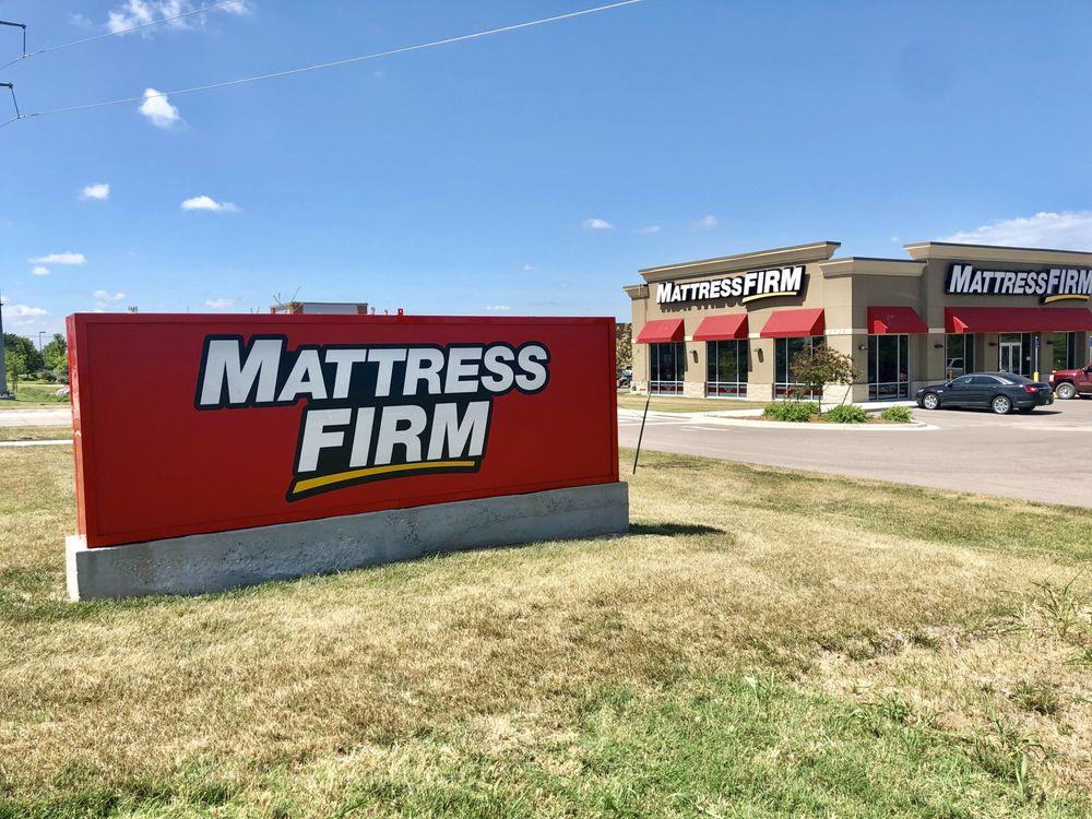 Mattress Firm Derby: 1725 N Rock Rd, Derby, KS