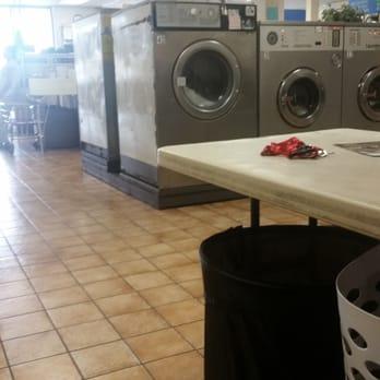 Big bundles laundromat dry cleaners 18 photos 15 reviews photo of big bundles laundromat dry cleaners las vegas nv united states solutioingenieria Gallery