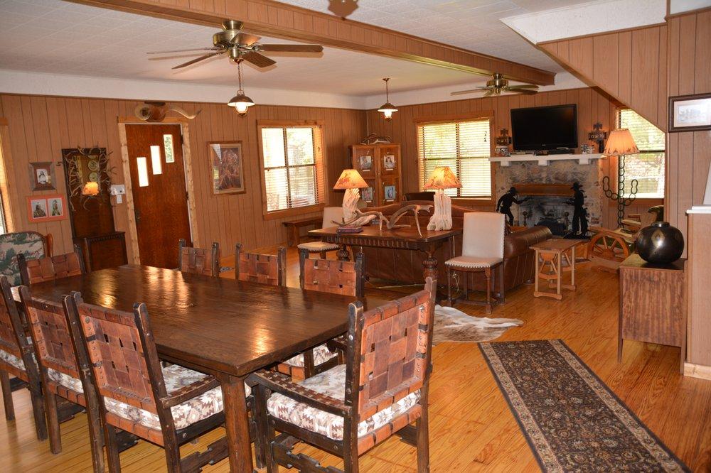 Circle H Ranch and Lodge: 2658 Walter White Ranch Rd, Leakey, TX
