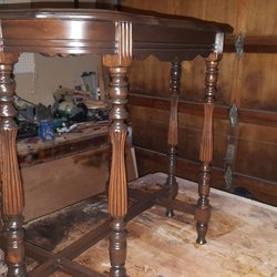 best furniture repair near me july 2018 find nearby. Black Bedroom Furniture Sets. Home Design Ideas
