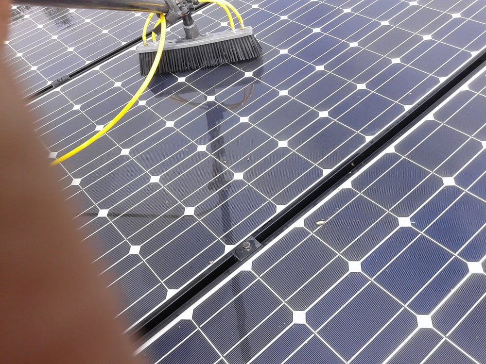 san diego 39 s best 25 solar panel cleaning companies in 2018. Black Bedroom Furniture Sets. Home Design Ideas
