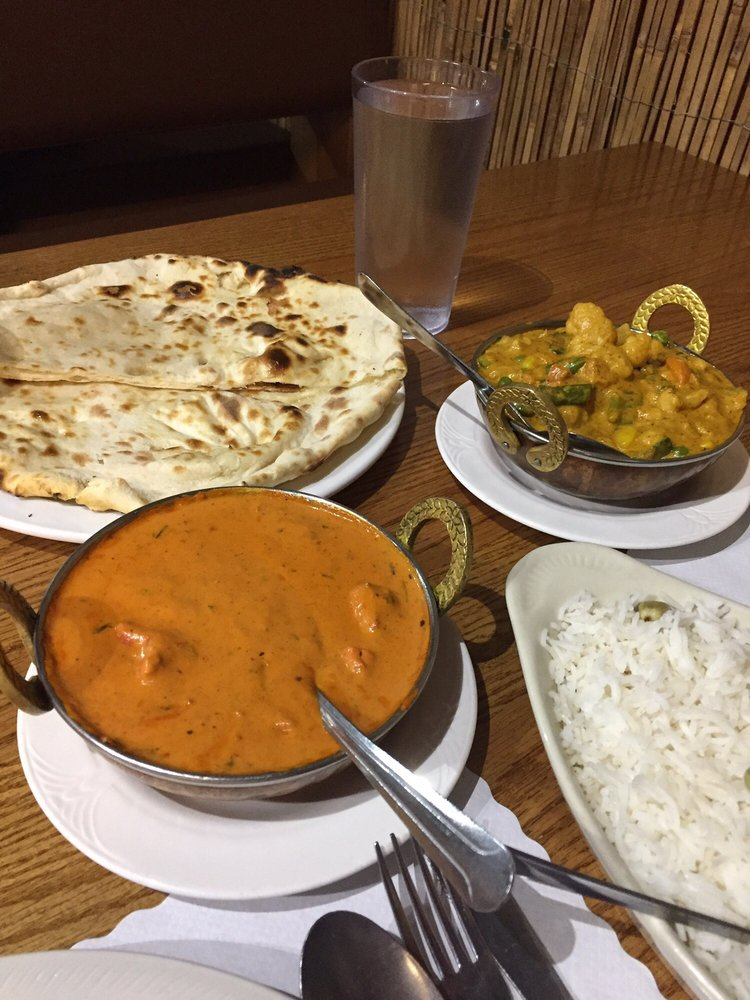 Delhi hut 31 photos 51 reviews indian 45380 for Ashoka indian cuisine canton