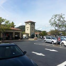 Montecito Shopping Center
