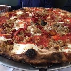 Grimaldi S Pizzeria 93 Fotos 240 Beitr Ge Pizza 980 Franklin Ave Garden City Ny