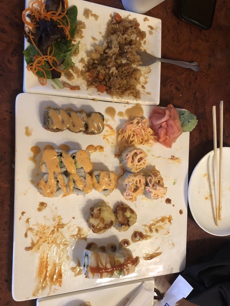 Sushi Bar: 130 Maple St, Wyandotte, MI