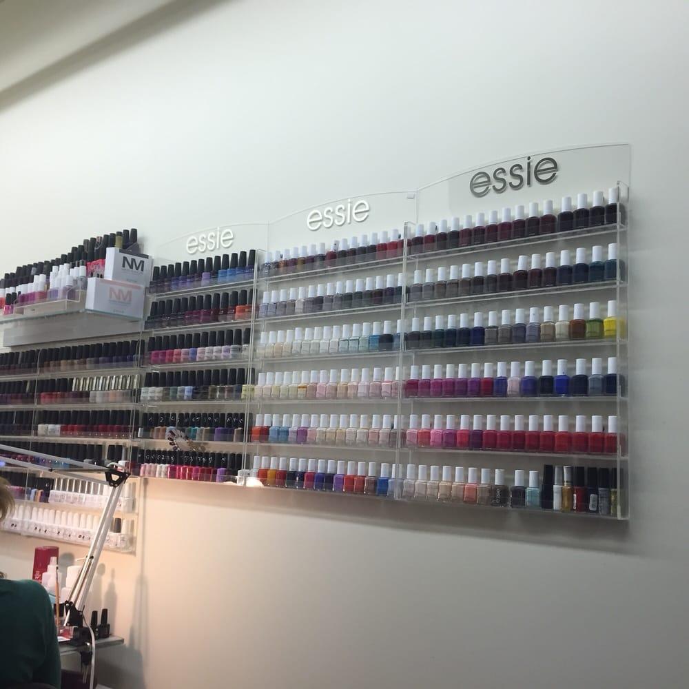 Lareine Beauty Salon and Spa - 17 Reviews - Day Spas ...