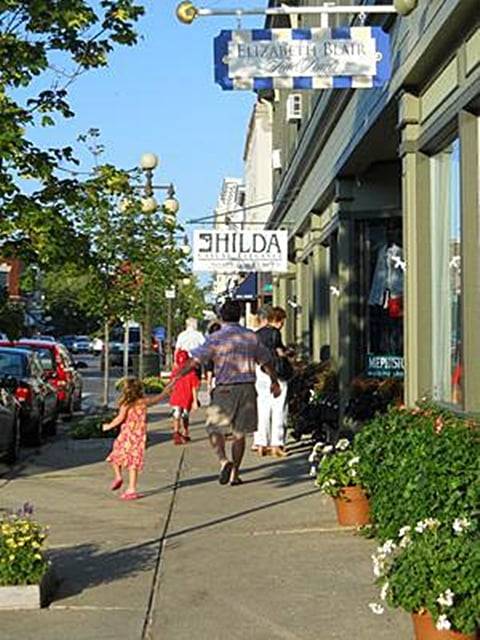 Hilda: 107 W Main St, Harbor Springs, MI
