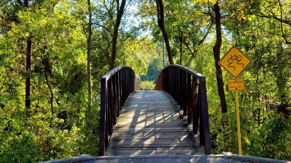 Terry Hershey Park - Sam Houston Parkway Entrance: Buffalo Bayou Bike Trl, Houston, TX