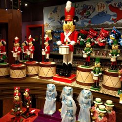 Disney's Days of Christmas - 87 Photos & 45 Reviews - Gift Shops ...