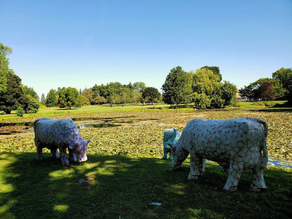 Lynden Sculpture Garden: 2145 W Brown Deer Rd, Milwaukee, WI