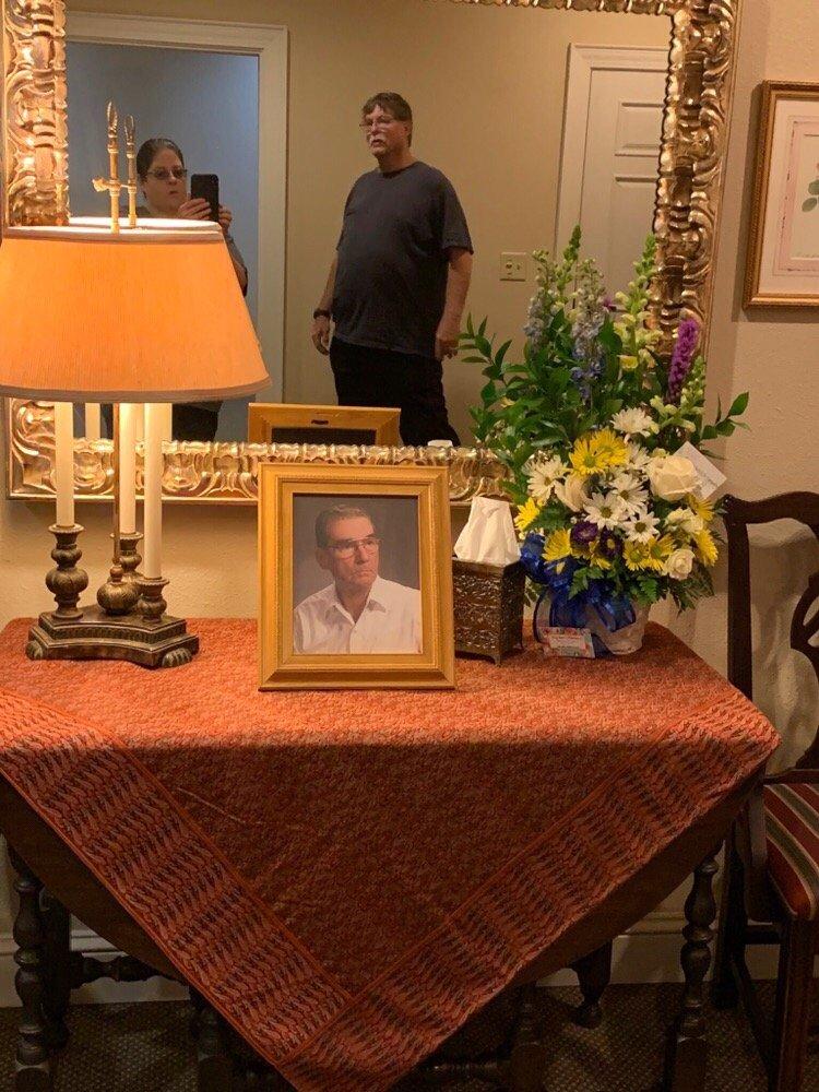 Autry Funeral Home: 1025 Texas 456 Lp, Jacksonville, TX
