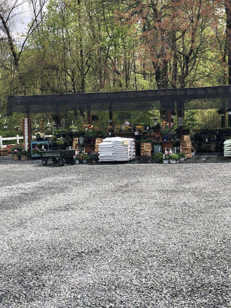 Village Hardware & Garden Center: 5811 Chesapeake Villa Rd, Rock Hall, MD